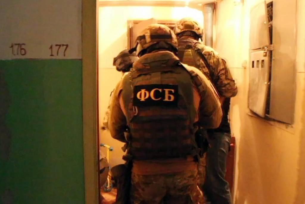 ФСБ ликвидировала две экстремистские ячейки в Дагестане и КЧР