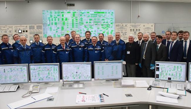 Новый энергоблок Ленинградской АЭС впервые выдал электричество в единую систему страны