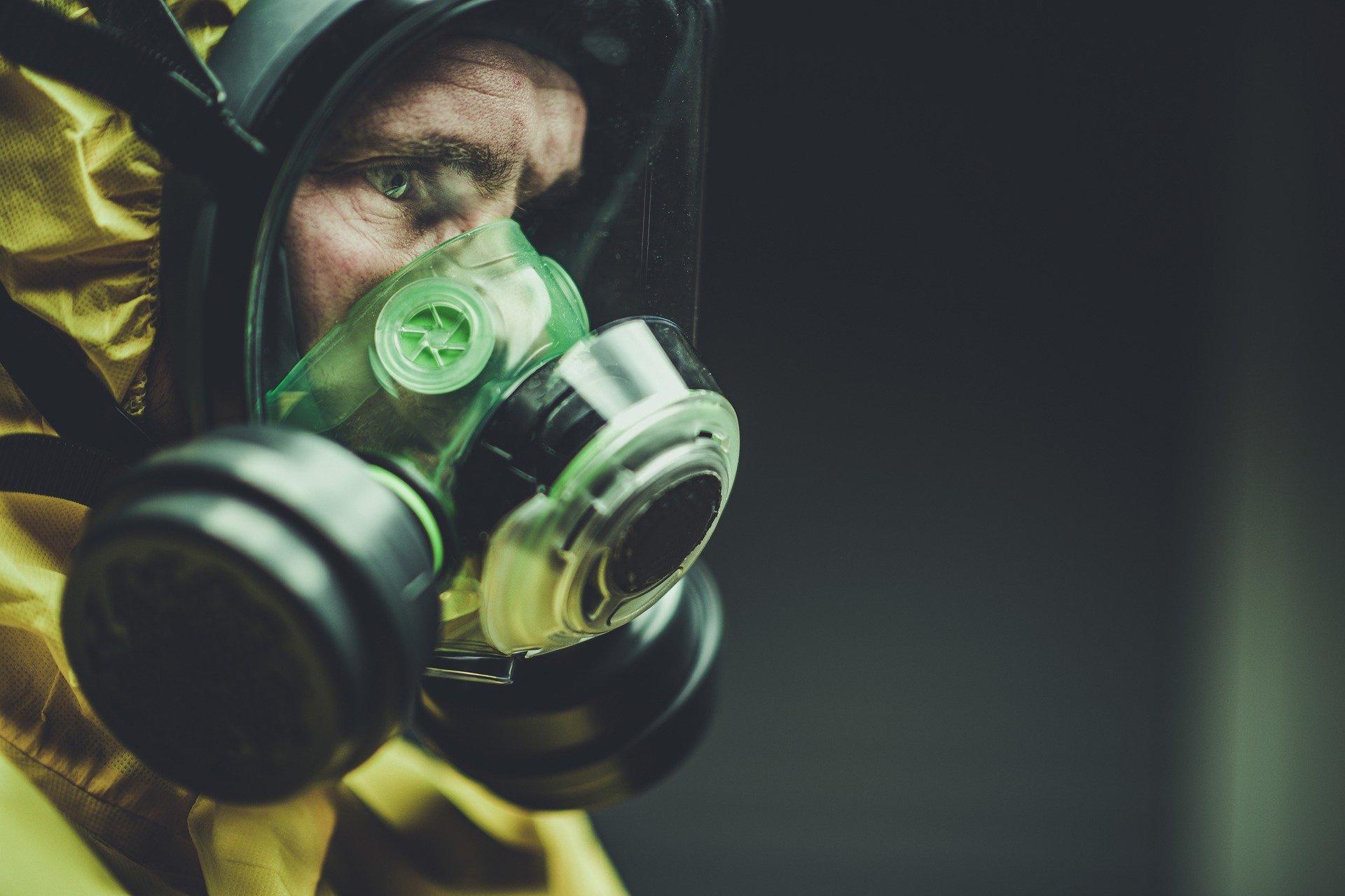 Военный эксперт назвал пандемию коронавируса началом третьей мировой