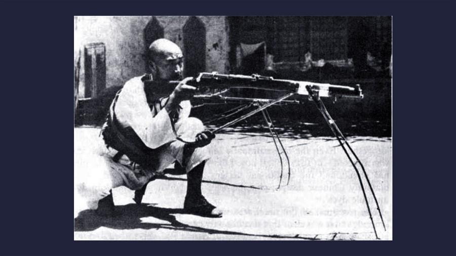 Китайский стрелок-мусульманин на тренировке. Фото © Wikipedia