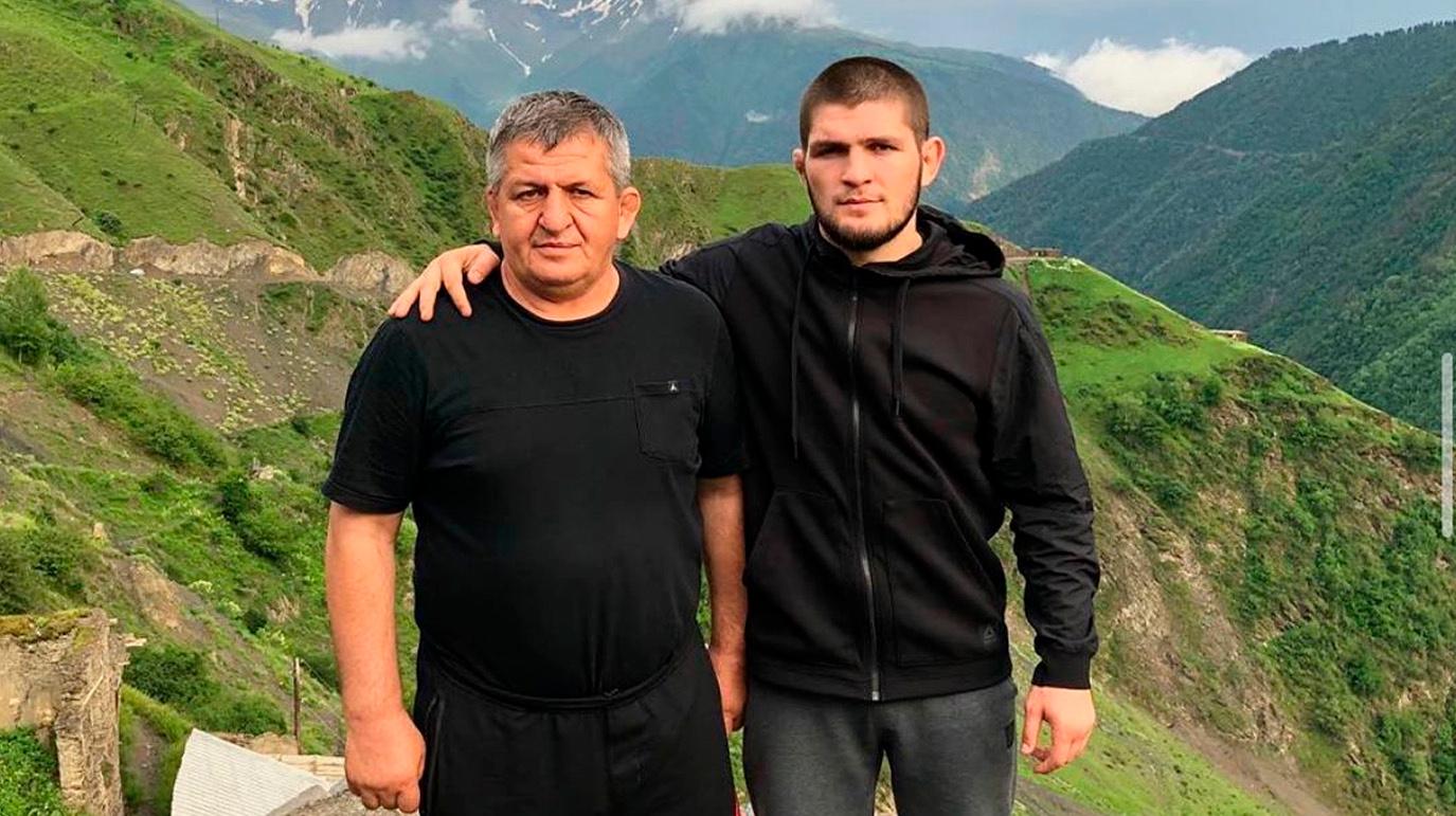 «Спасибо за всё, чему ты меня научил». Хабиб написал трогательное послание отцу после финального боя в карьере