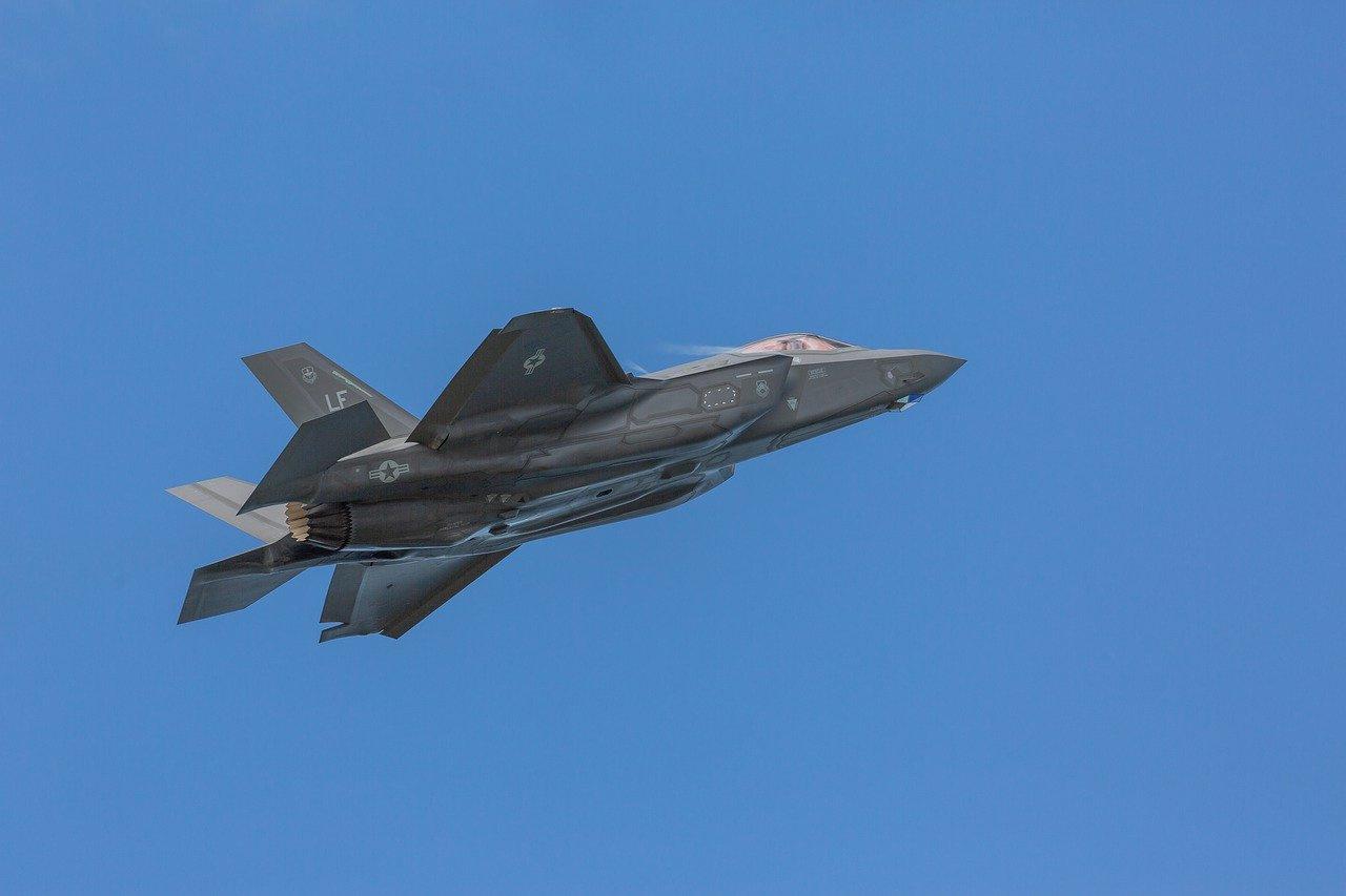 В США назвали единственное оружие НАТО против России