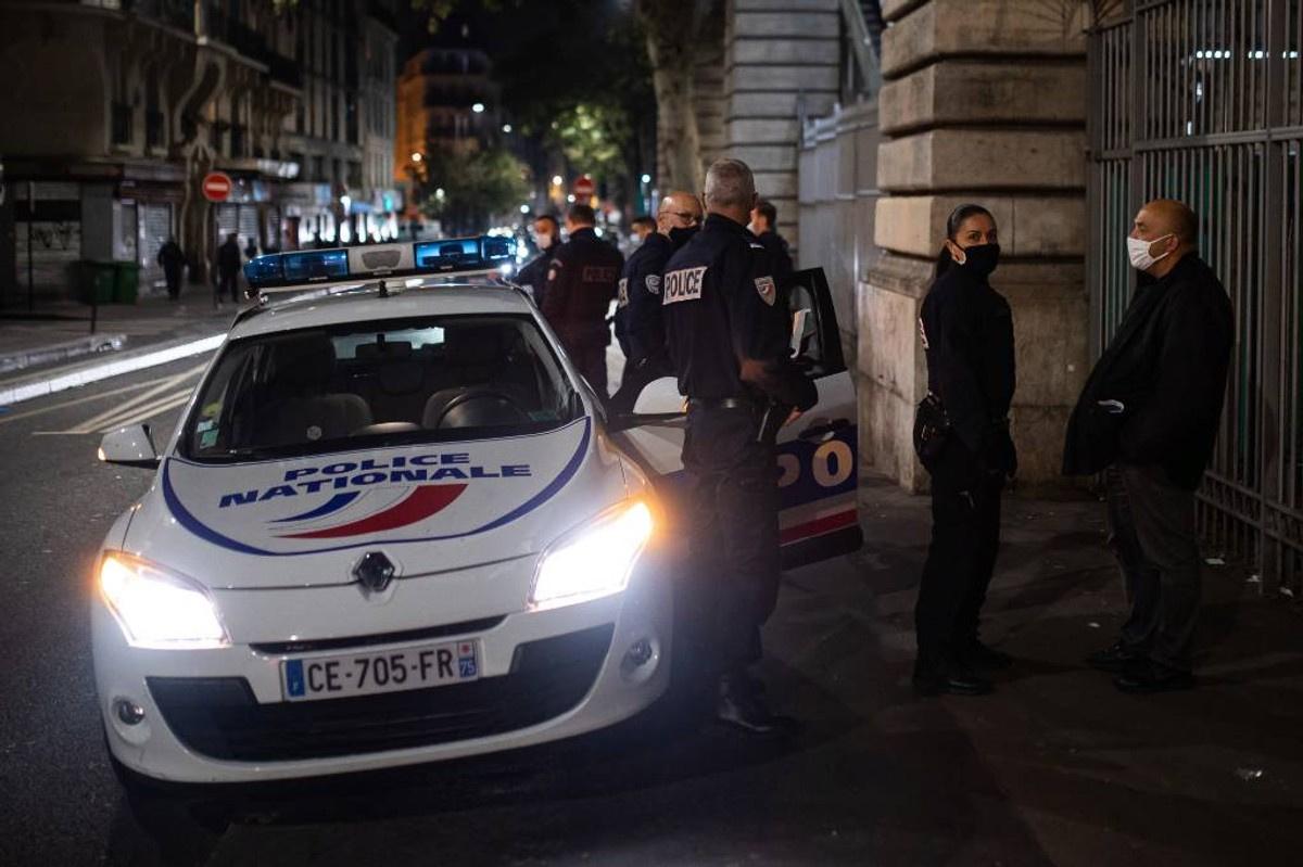 Во Франции неизвестные вандалы пригрозили обезглавить ещё одного чиновника