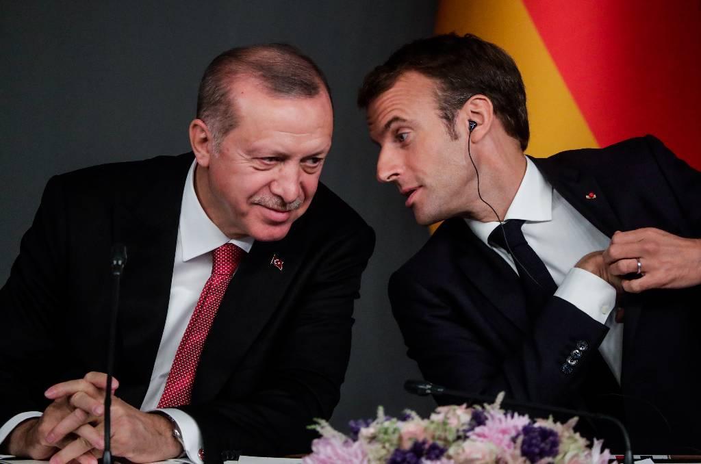 Эрдоган заявил, что Макрон нуждается в лечении психики
