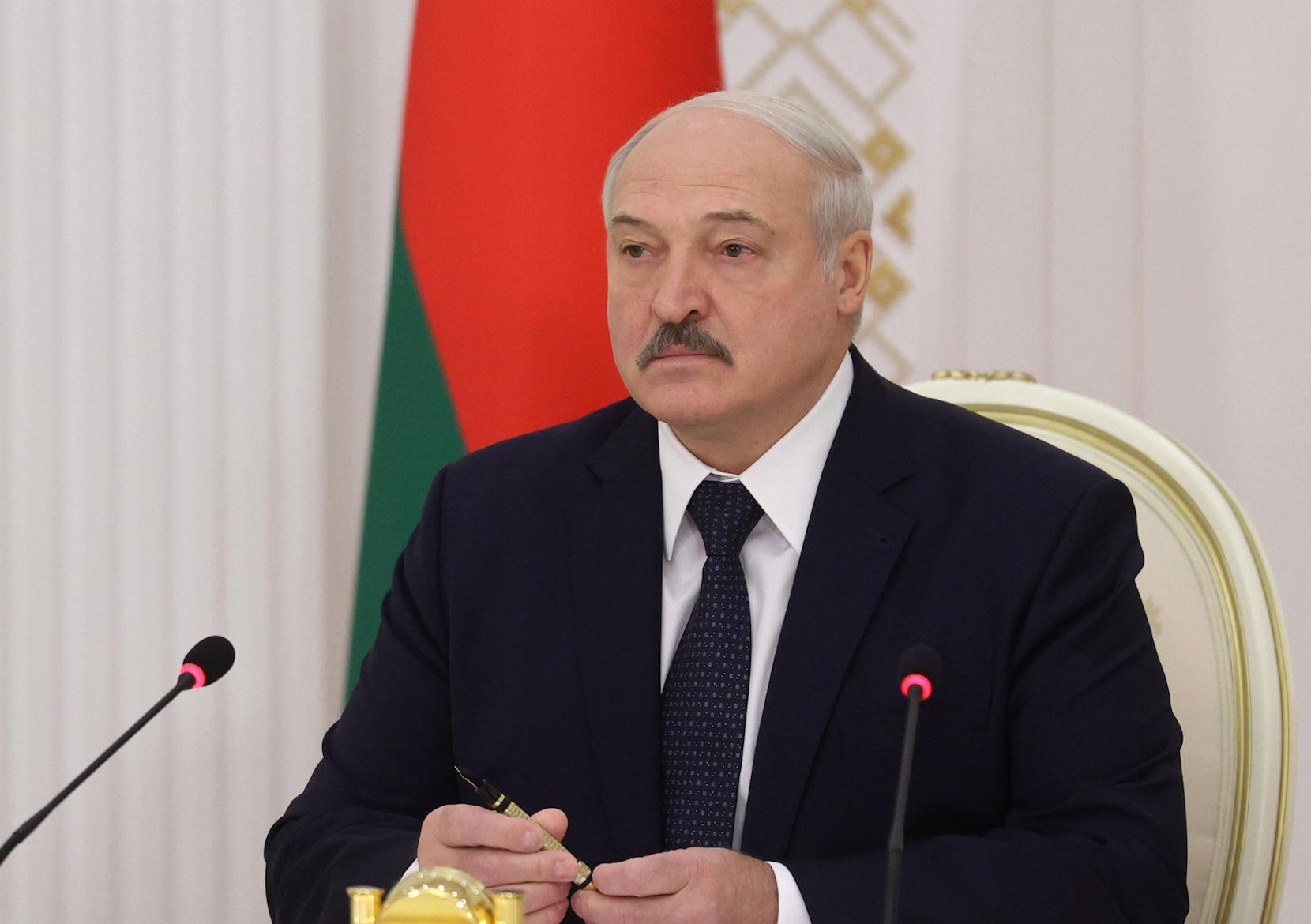 В Кремле отказались давать Лукашенко советы, назвав их попыткой вмешательства
