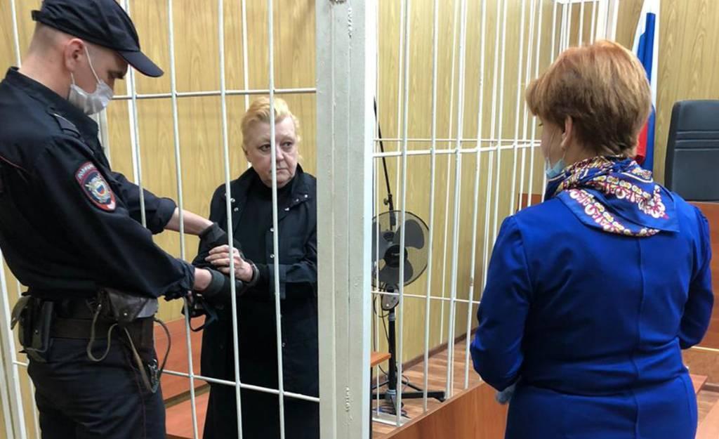 Актриса Скороходова не верит в мошенничество Дрожжиной и её мужа с имуществом Баталова