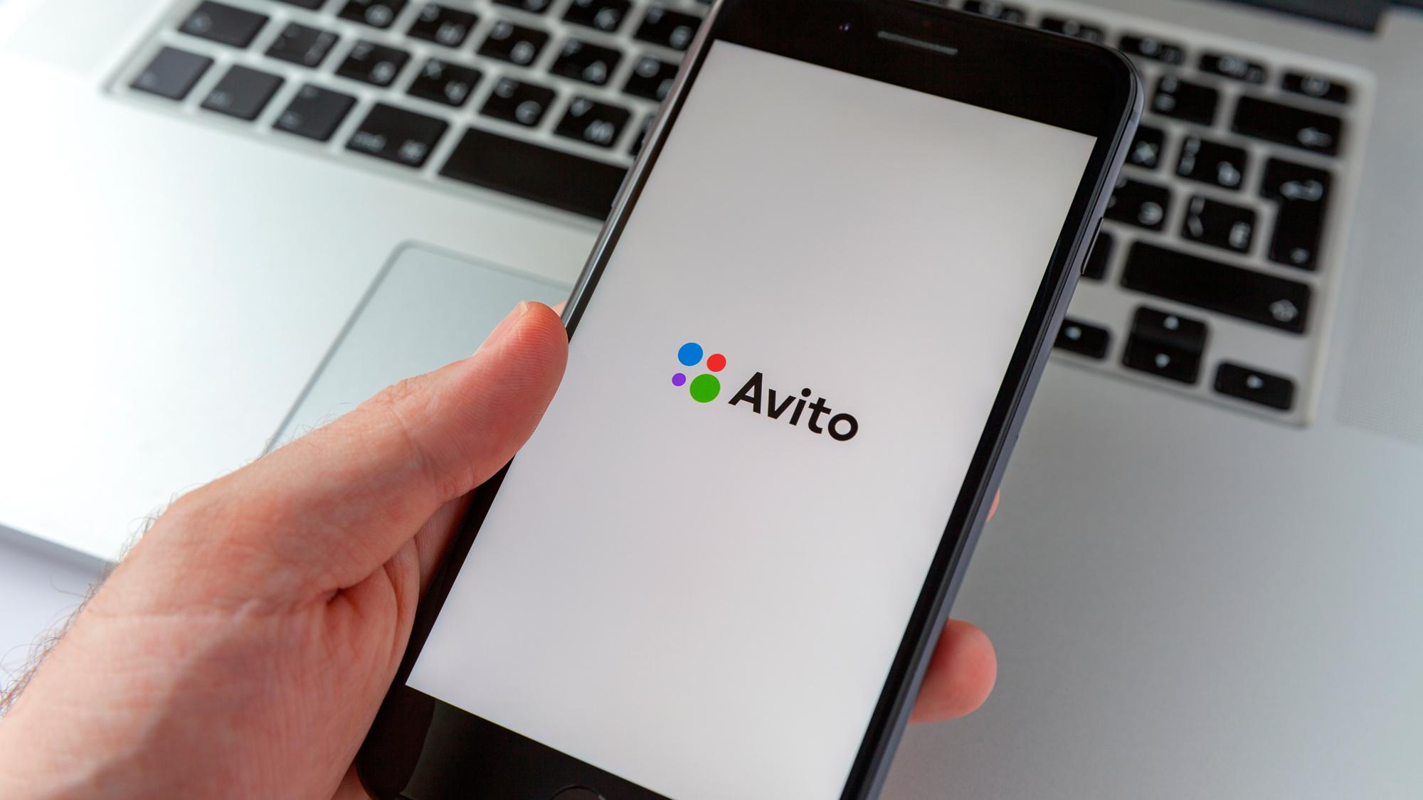 """Пользователей """"Авито"""" обманывают при продаже смартфонов. 9 критериев качественного устройства"""