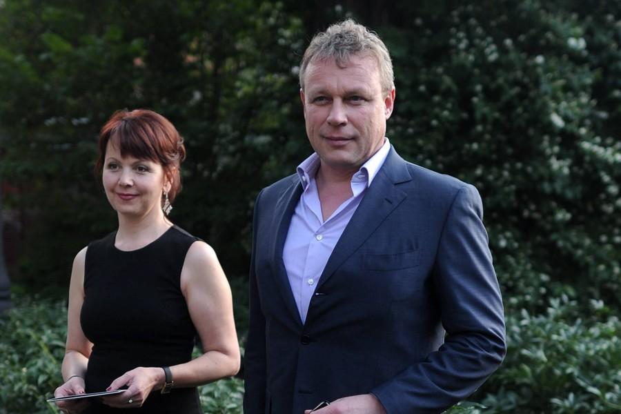 <p>Сергей Жигунов и Вера Новикова. Фото © ТАСС / Астапкович Владимир</p>
