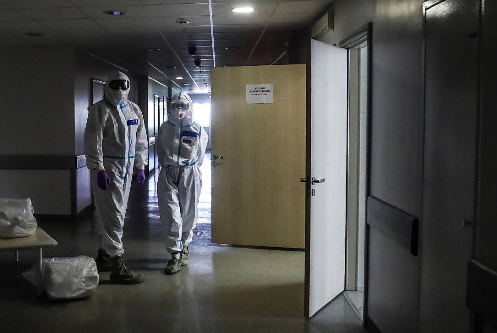 Вирусолог предсказал россиянам встречу с коронавирусом до Нового года