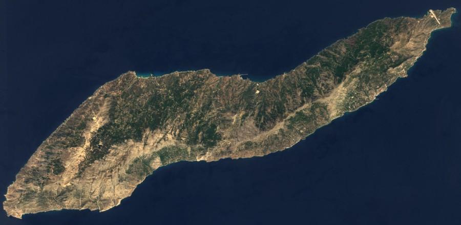 Икария расположена в Эгейском море. Население острова — около 8 тысяч человек. Фото © Wikimedia Commons / EOX IT Services GmbH