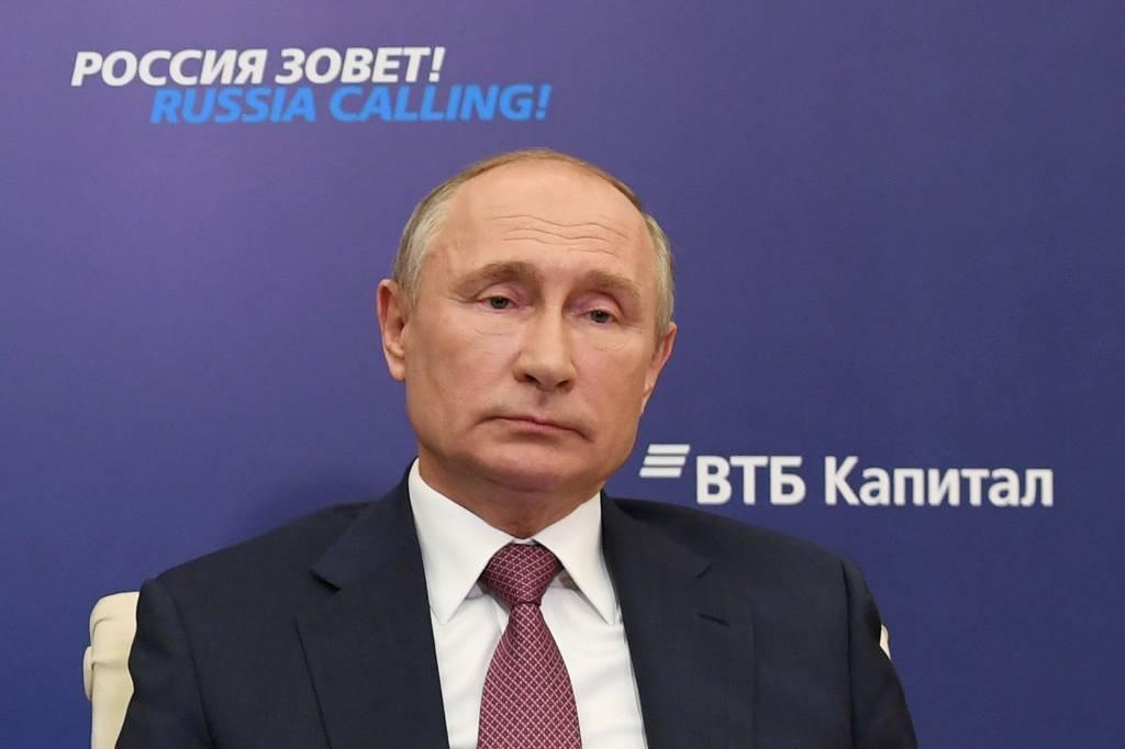 Нужно найти баланс интересов. Путин пояснил позицию России по Нагорному Карабаху
