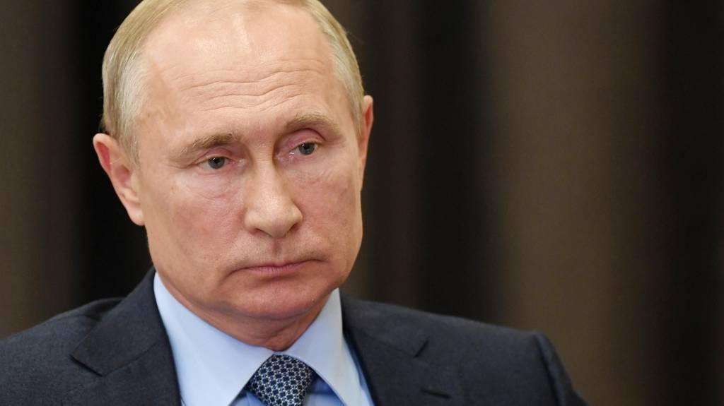 Путин выразил соболезнования в связи с атакой в Ницце: Россияне разделяют гнев и скорбь Франции