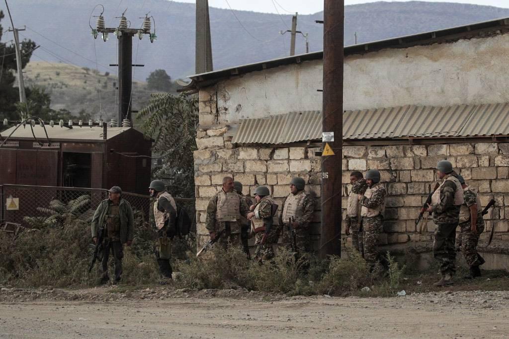 <p>Военнослужащие армии Нагорного Карабаха. Фото © ТАСС / Сергей Бобылев</p>