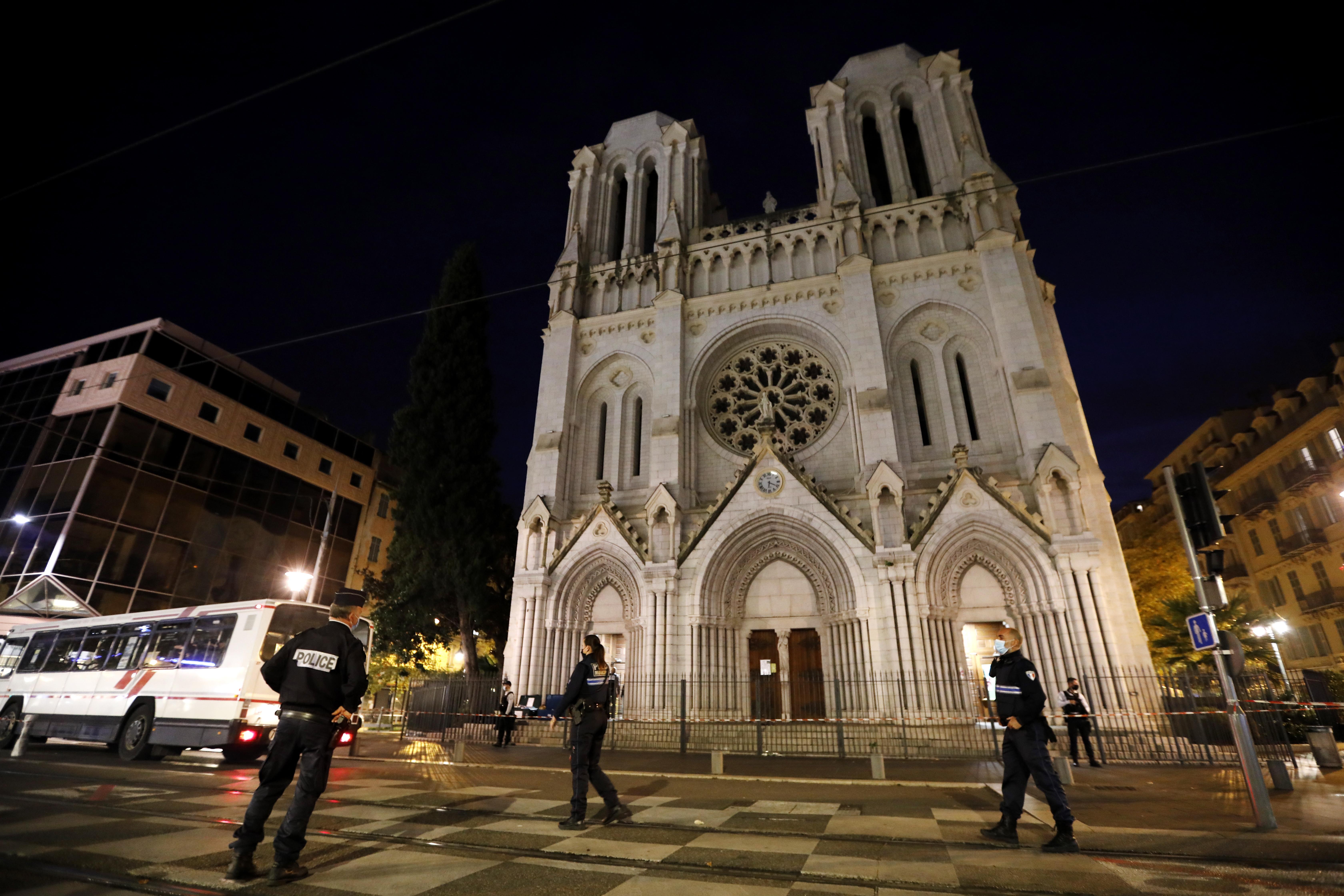 Во Франции рассказали о вещах, найденных у обезглавливателя из Ниццы