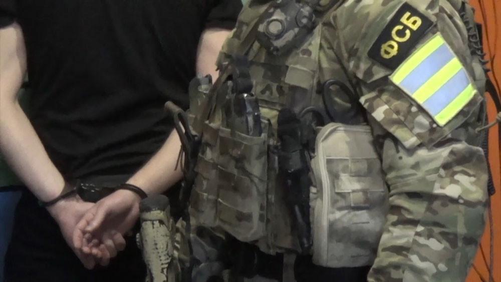Отчим напавшего на полицейских в Татарстане подростка оказался экстремистом