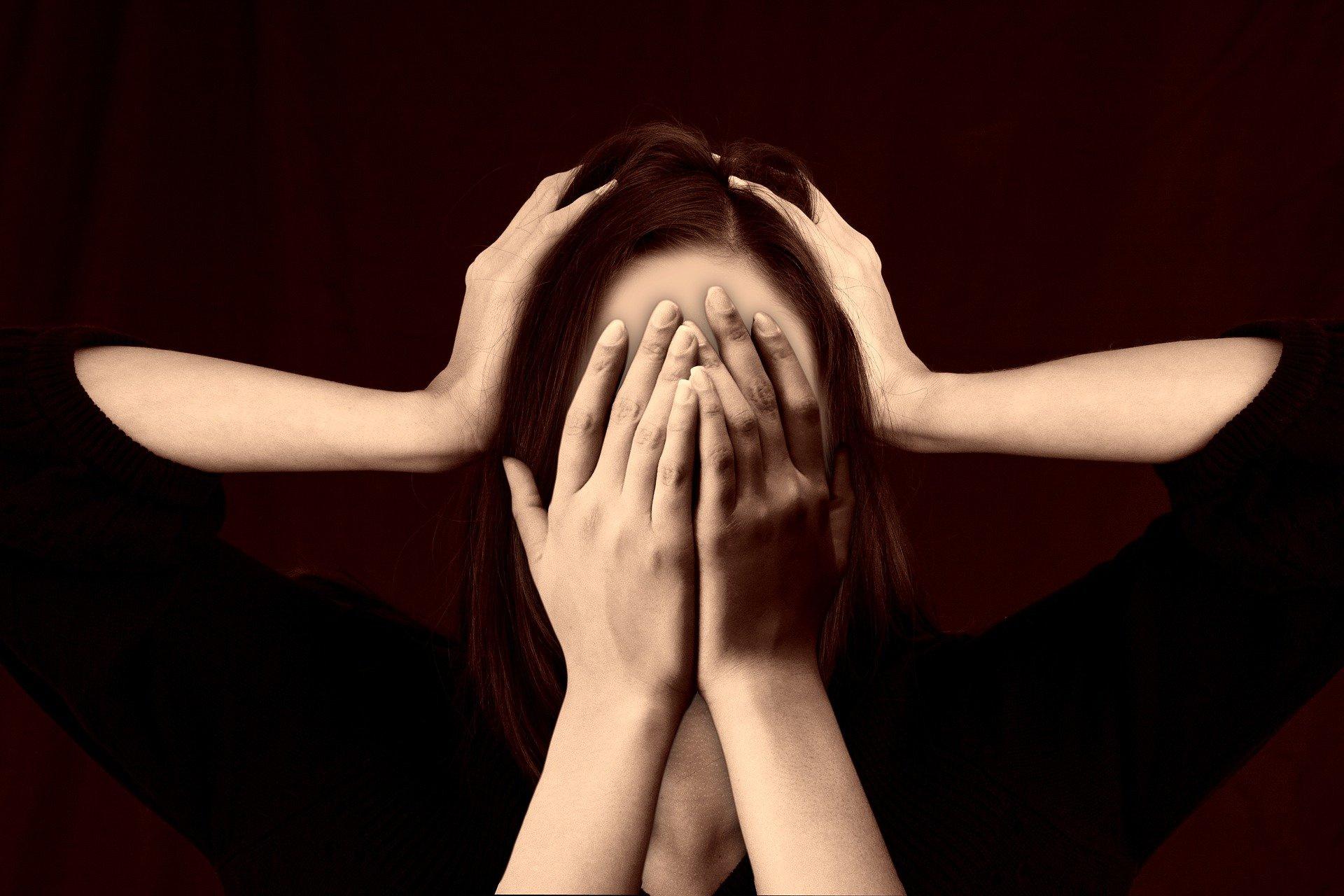 Врач назвал продукты, вызывающие мигрень