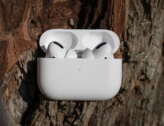 Apple нашла брак в части выпущенных AirPods Pro