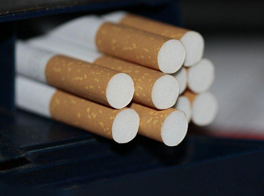 Нарколог объяснил, почему в период пандемии россияне стали больше курить