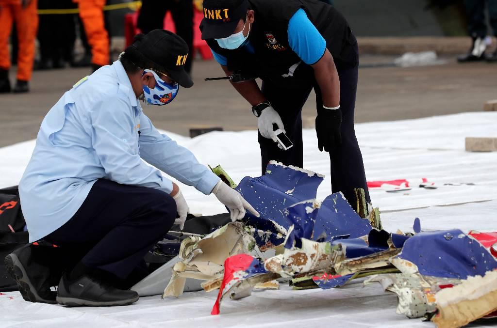 Разбившийся индонезийский боинг при взлёте попал в зону сильной турбулентности