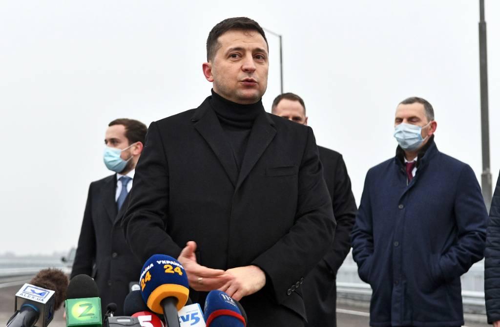 """Зеленский заявил об отсутствии прогресса по Донбассу, хотя Украина """"выполнила все договорённости"""""""