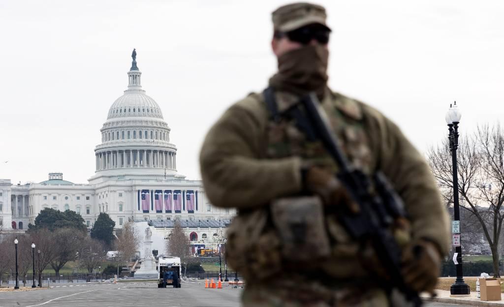СМИ выяснили, что полиция США знала о штурме Капитолия ещё за три дня до него