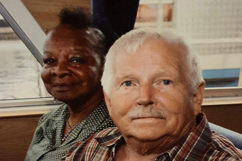 Последние слова мужа любимой жене перед тем, как они умерли от коронавируса спустя 44 года брака