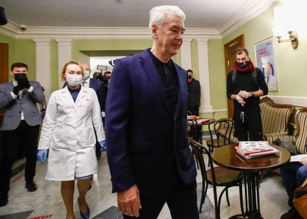 95-летний отец Собянина сделал прививку от ковида