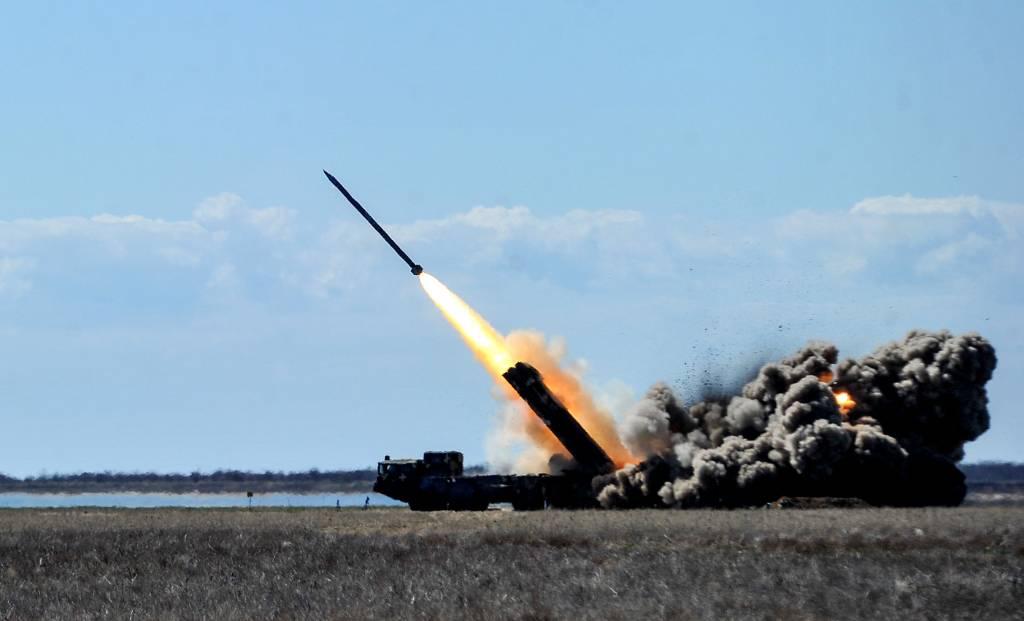"""Украинский военный эксперт предложил строить ракеты, которые смогут """"достать до Кремля"""""""