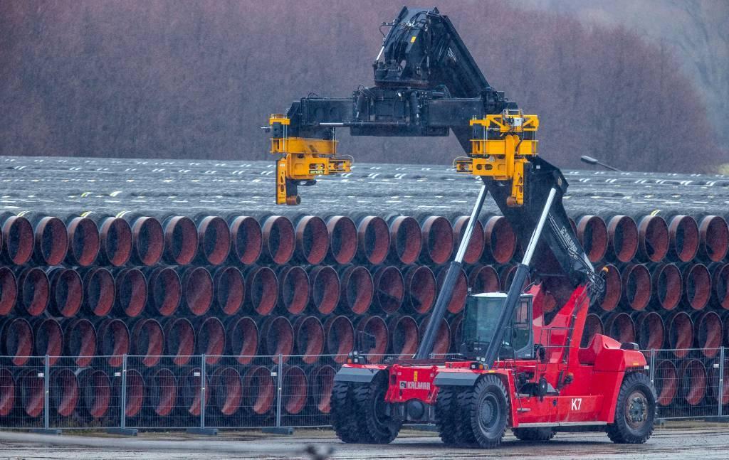 """Европарламент хочет, чтобы ЕС """"немедленно"""" прекратил строительство """"Северного потока — 2"""""""