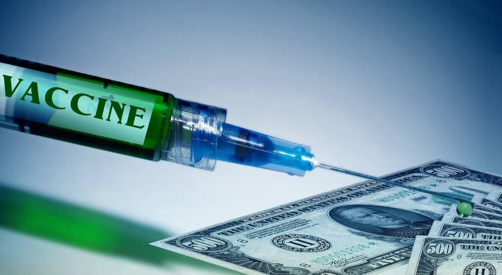 Россиян предупредили о мошенниках, торгующих вакциной от коронавируса в Сети