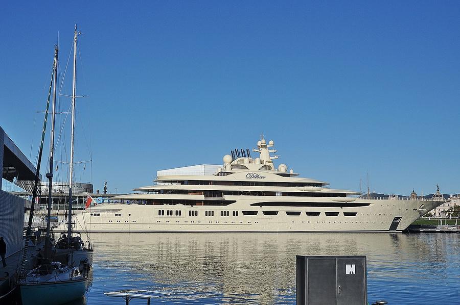 Яхта Dilbar, 156 м, владелец — бизнесмен Алишер Усманов. Фото © Wikimedia Commons