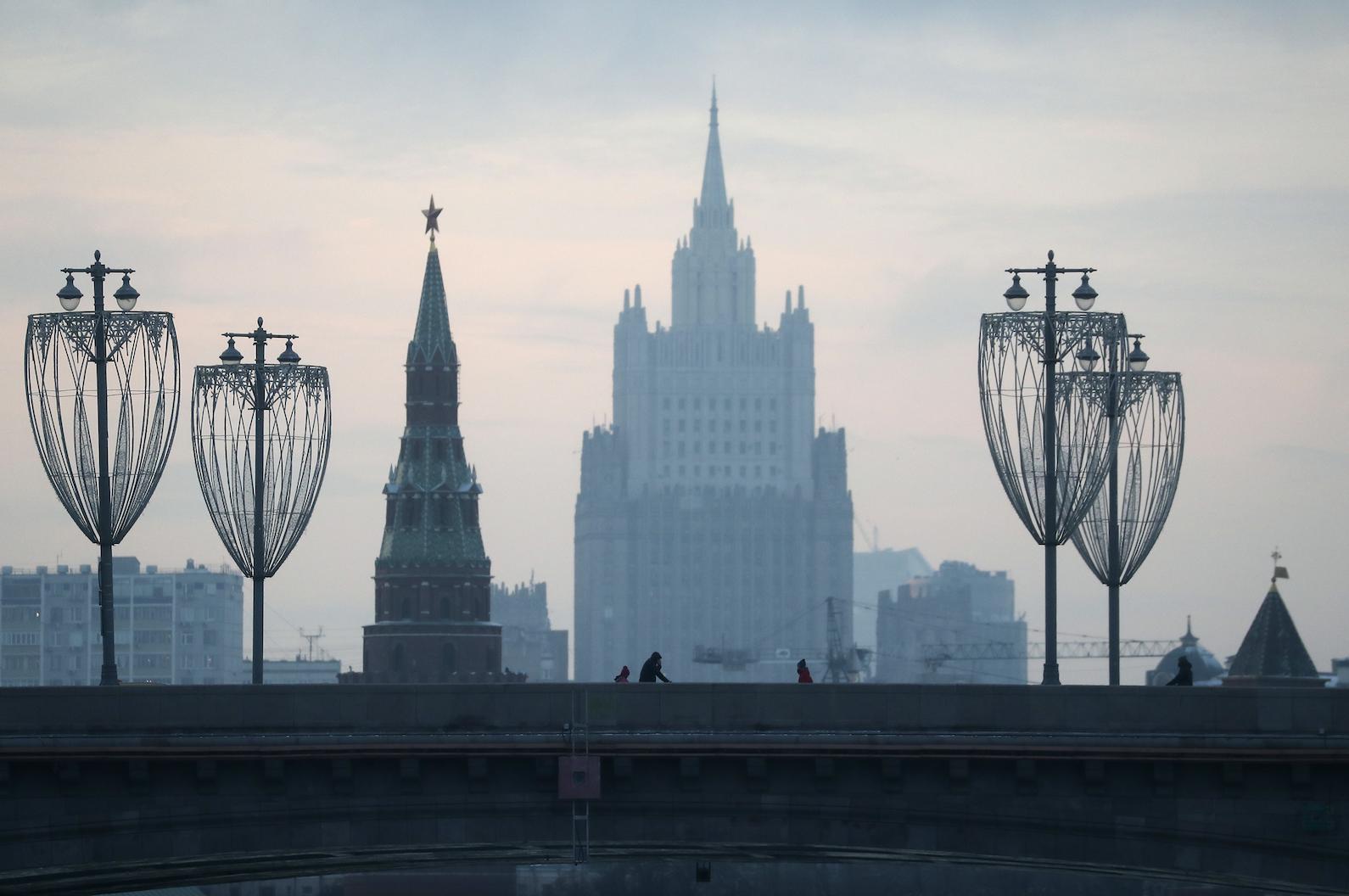 МИД РФ отреагировал на ситуацию с лишением русского языка особого статуса в Молдавии