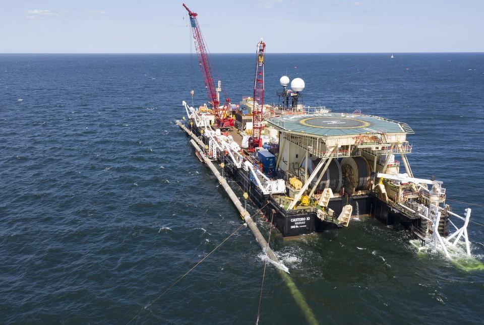 """В Германии заявили об угрозе судов в случае остановки строительства """"Северного потока-2"""""""