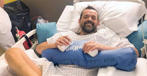 """<p>Феликс Гретарссон. Фото © <a href=""""https://www.thenationalnews.com/world/europe/icelandic-man-recovering-well-from-world-s-first-double-shoulder-and-arm-transplant-1.1152193?fbclid=IwAR13MRPYV4HH1oEXYb4WHfrARHviLWt5KIy6v26wpYzn-0AZVkEj7zmnoOs#2"""" target=""""_blank"""" rel=""""noopener noreferrer"""">thenationalnews.com</a></p>"""