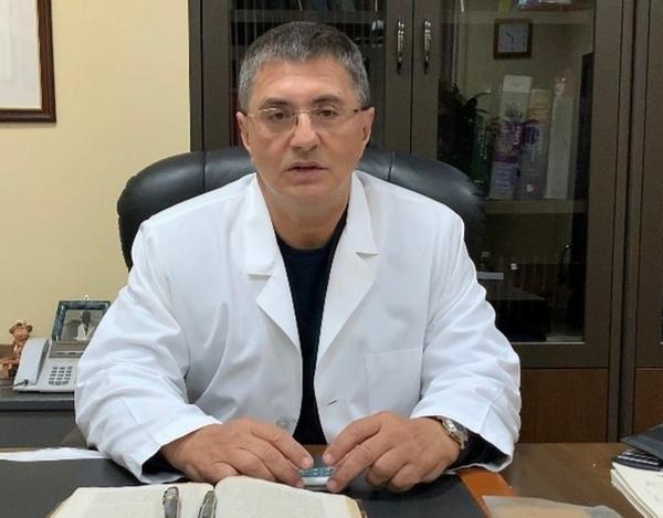 Мясников ответил на самые частые вопросы о вакцинации от коронавируса