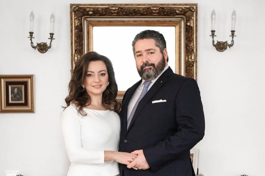 """<p>Фото © <a href=""""http://imperialhouse.ru/rus/allnews/news/2021/2021-01-20-ob-yavlenie-o-predstoyashchej-svadbe-ego-imperatorskogo-vysochestva-gosudarya-naslednika-tsesarevicha-i-velikogo-knyazya-georgiya-mikhajlovicha-s-gospozhoj-viktoriej-romanovnoj-bettarini.html"""" target=""""_blank"""" rel=""""noopener noreferrer"""">Российский императорский дом</a></p>"""
