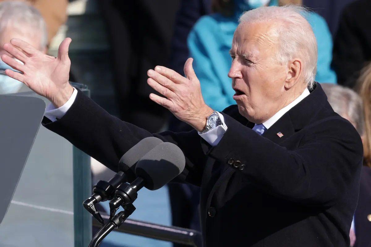 """В сто раз дороже, чем у Клинтона и Буша. Названа стоимость роскошных """"ролексов"""" Байдена"""