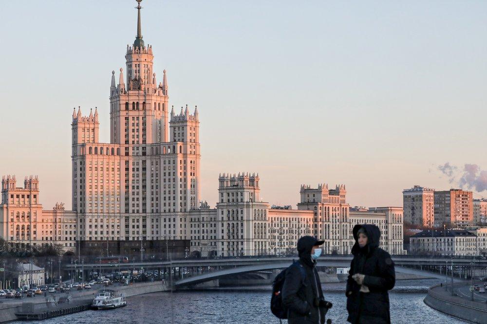 Собянин объявил о новом смягчении коронавирусных мер