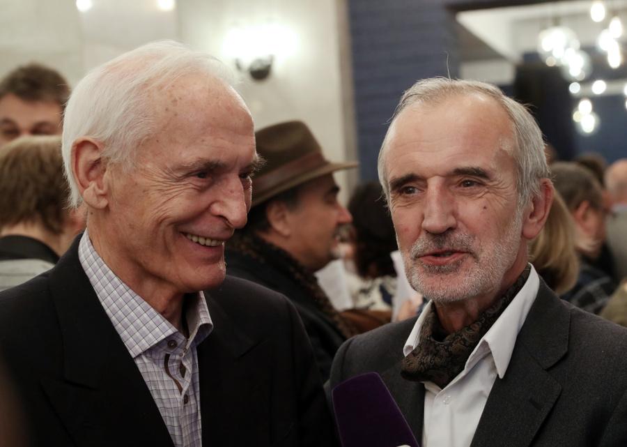<p>Актёр Василий Лановой (слева) и режиссёр Римас Туминас (справа). Фото © ТАСС / Вячеслав Прокофьев</p>