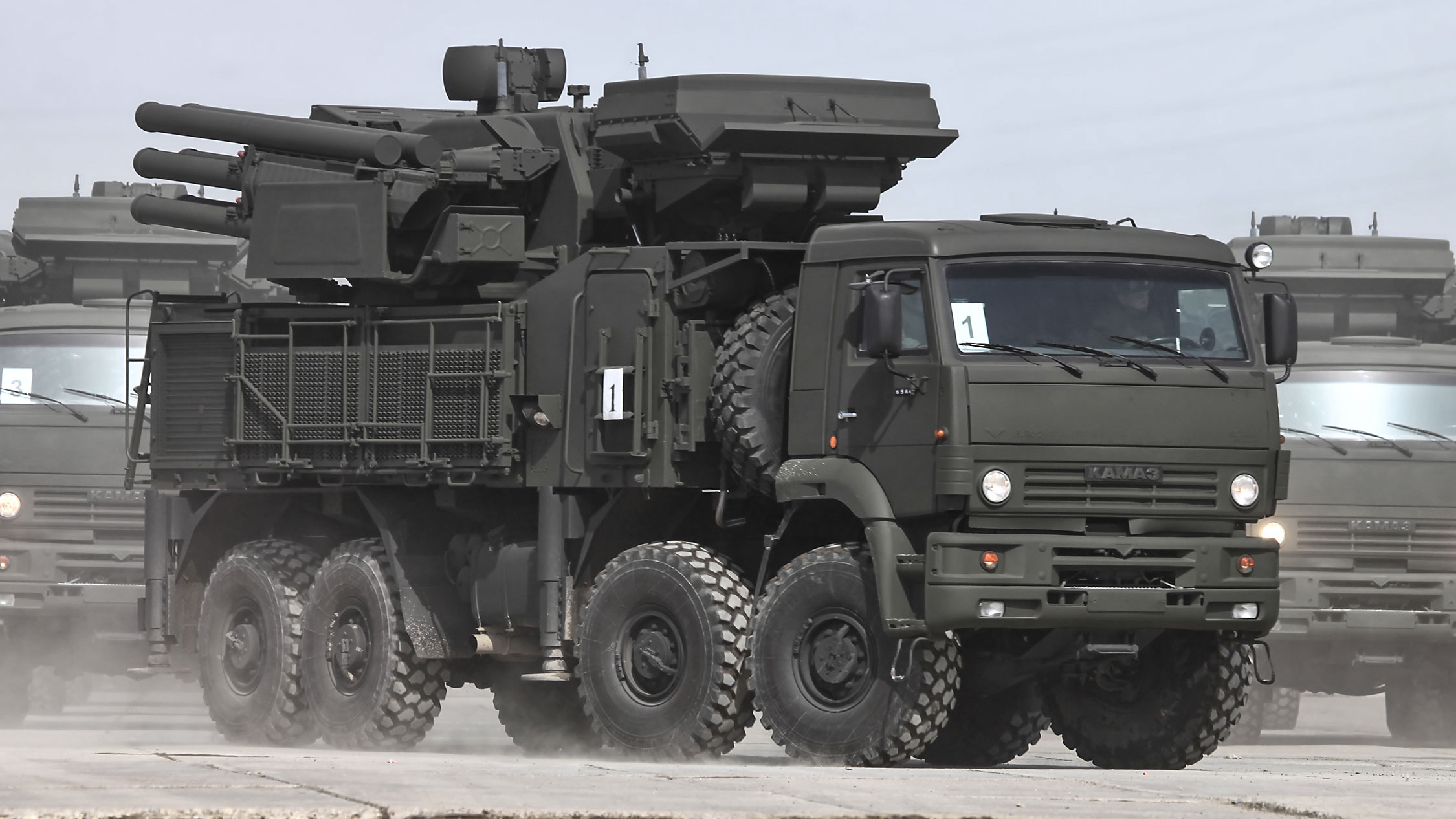 "<p>Фото © <a href=""https://www.vitalykuzmin.net/Military/12-April-Parade-2013-rehearsal/"" target=""_blank"" rel=""noopener noreferrer"">Vitaly V. Kuzmin</a></p>"