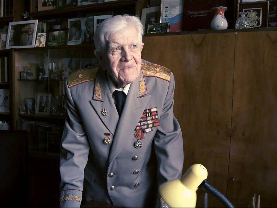"<p>Лев Корзун. Фото © <a href=""http://ujmos.ru/ne-stalo-lva-ignatevicha-korzuna/"" target=""_blank"" rel=""noopener noreferrer"">ujmos.ru</a></p>"