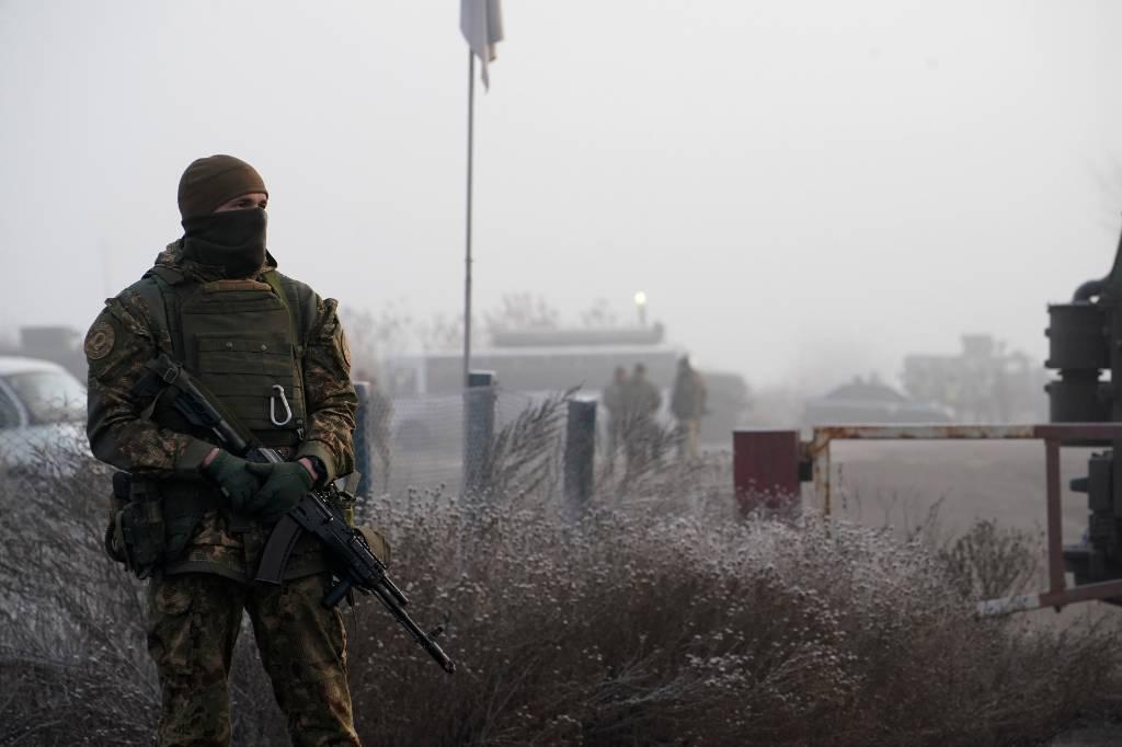 Украинский солдат перешёл на сторону ДНР из-за дедовщины в ВСУ