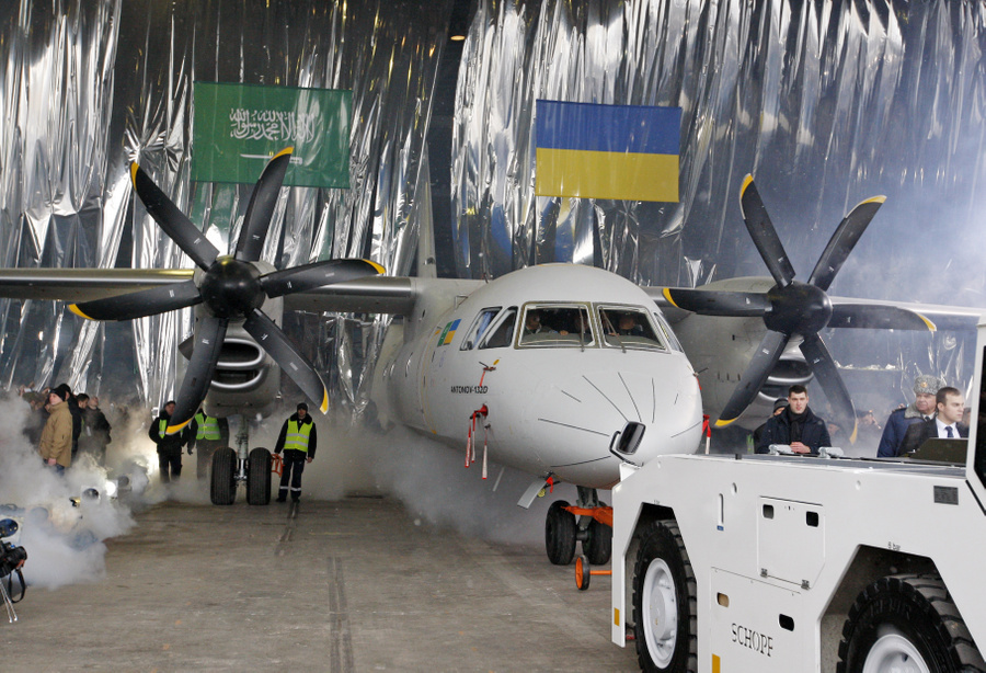"<p>Презентация украинского самолёта Ан-132D на заводе ""Антонов"". Фото © ТАСС / Zuma</p>"