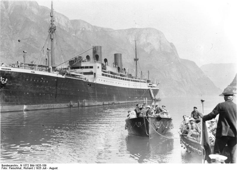 """Немецкое судно """"Генерал Штойбен"""" (ещё под прежним названием — """"Мюнхен""""), июль 1925 года. Фото © Bundesarchiv"""