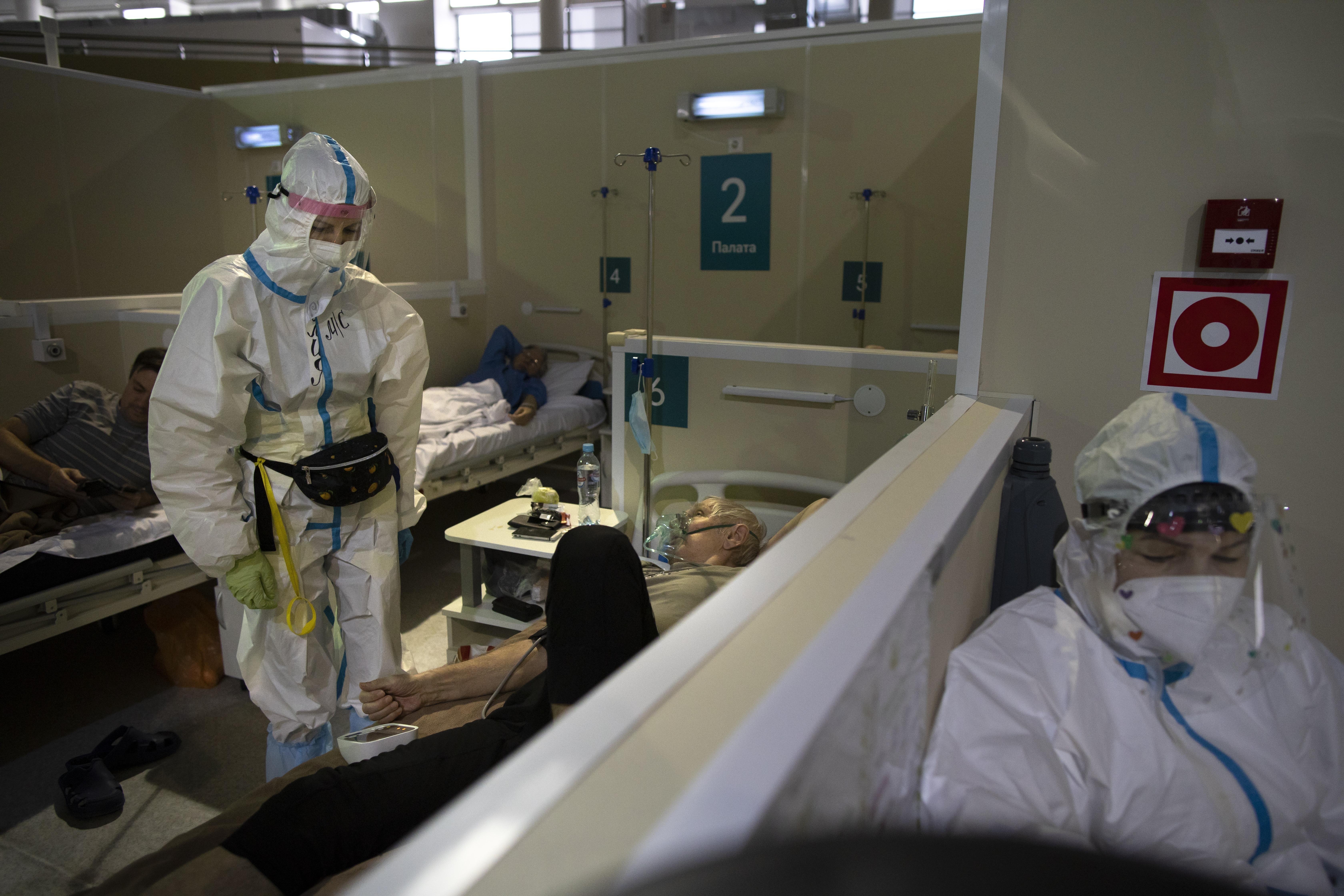 Эксперт Минздрава спрогнозировал срок окончания эпидемии коронавируса в России