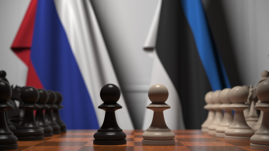 "<p>Фото © <a href=""https://ru.depositphotos.com/313628068/stock-photo-flags-of-russia-and-estonia.html"" target=""_blank"" rel=""noopener noreferrer"">Depositphotos</a></p>"
