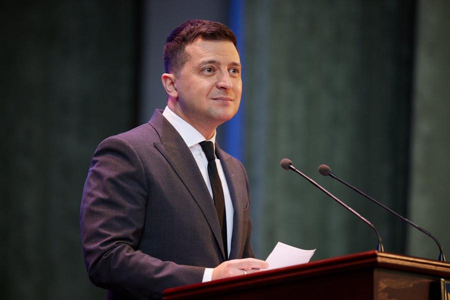 "<p>Владимир Зеленский. Фото © <a href=""https://www.president.gov.ua/photos/uchast-prezidenta-u-forumi-osvita-ukrayini-2021-strategichni-3833"" target=""_blank"" rel=""noopener noreferrer"">Сайт президента Украины</a></p>"