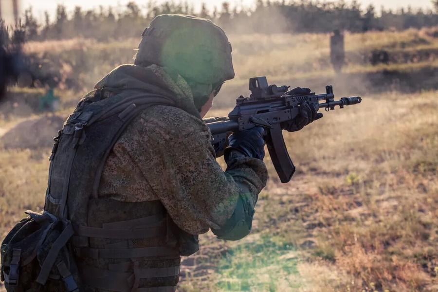 """<p>Фото © <a href=""""https://kalashnikov.media/article/weapons/kontsern-kalashnikov-dosrochno-zavershil-gosoboronzakaz-na-2019-god"""" target=""""_blank"""" rel=""""noopener noreferrer"""">пресс-служба АО """"Концерн """"Калашников""""</a></p>"""