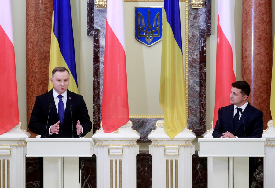 <p>Президент Польши Анджей Дуда и президент Украины Владимир Зеленский. Фото © ТАСС / EPA</p>