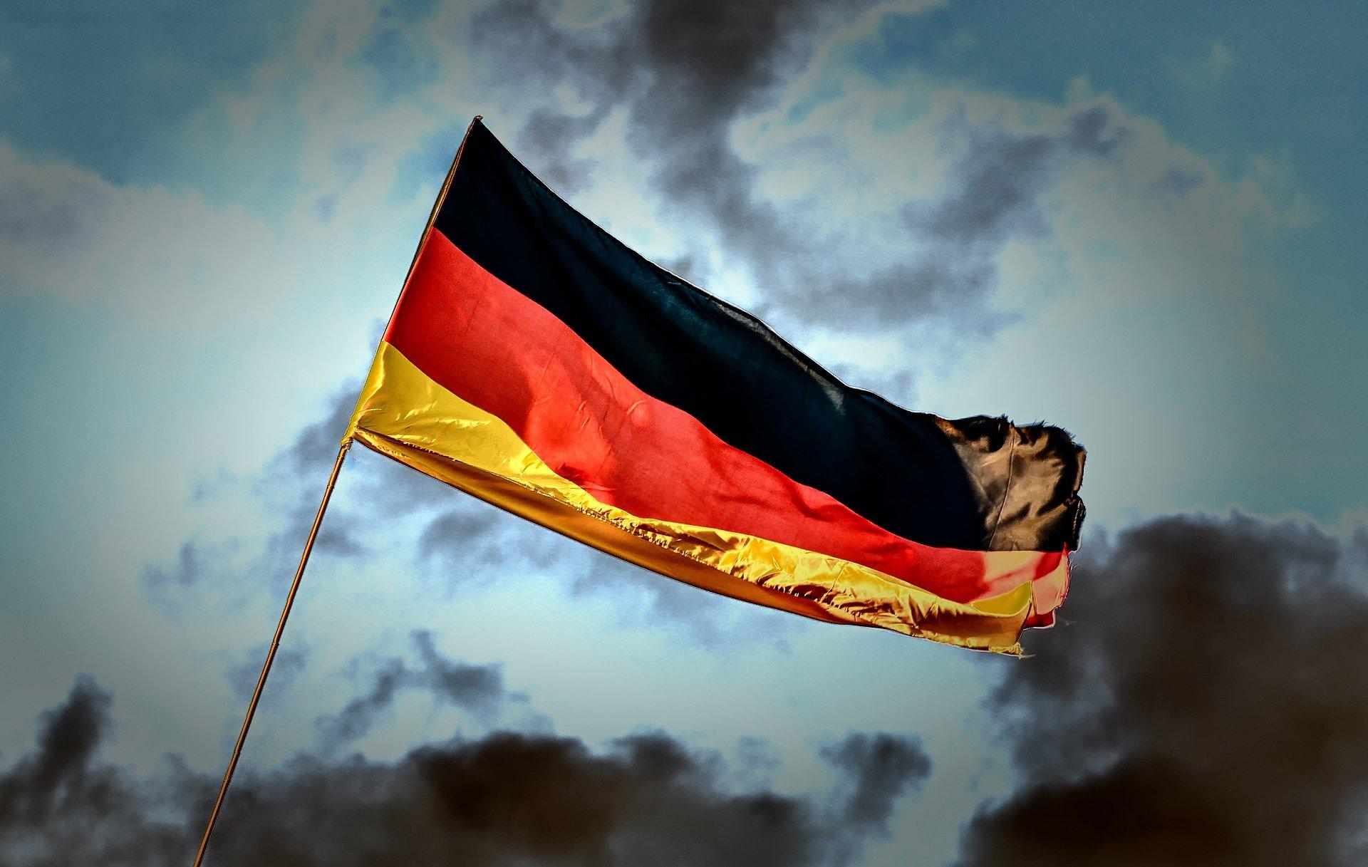 """В Германии прокомментировали решение компаний выйти из строительства """"Северного потока - 2"""" под угрозой санкций"""